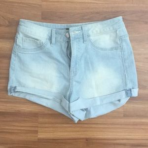 HIGH RISE FOREVER 21 SHORTS